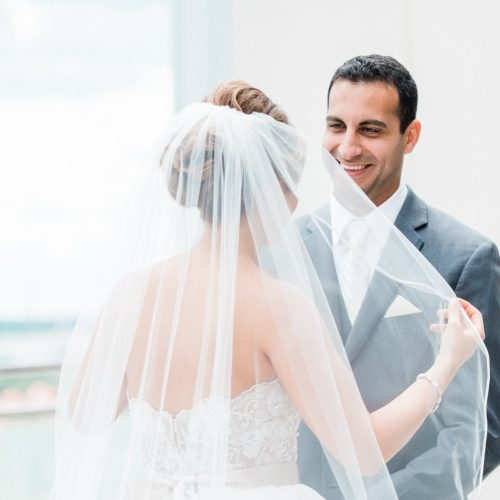 6 Reasons You Should Add A First Look to Your Wedding Day Schedule