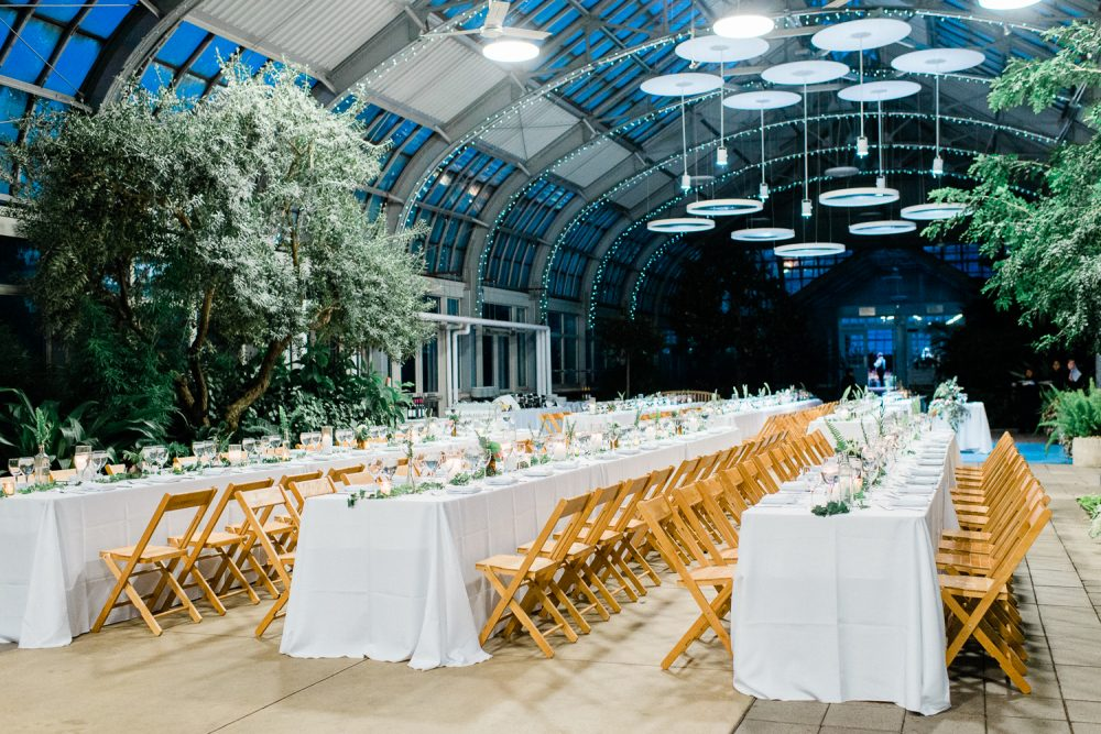 Outdoor Wedding Venues Light + Air Chicago Wedding Photographer - Garfield Park Conservatory Wedding Photos