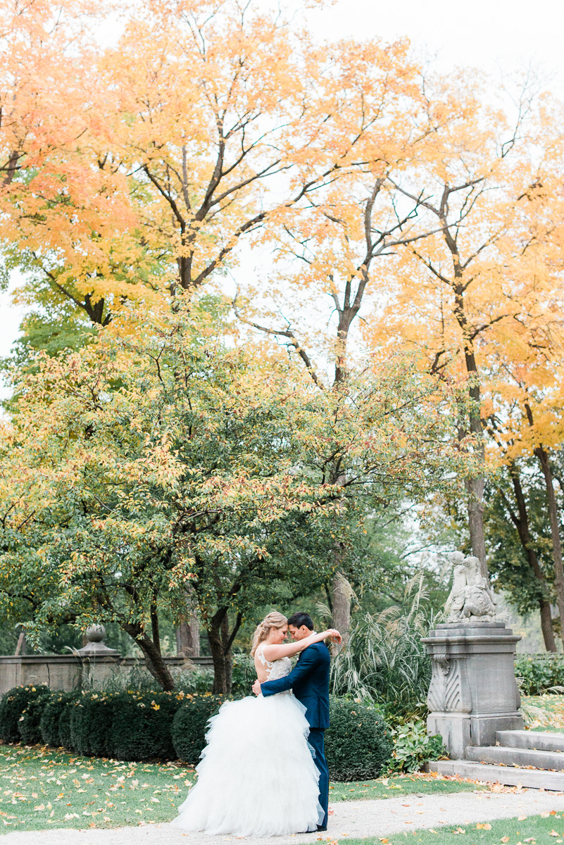 Outdoor Wedding Venues Light + Air Chicago Wedding and Engagement Photographer - Armour House Wedding Photos