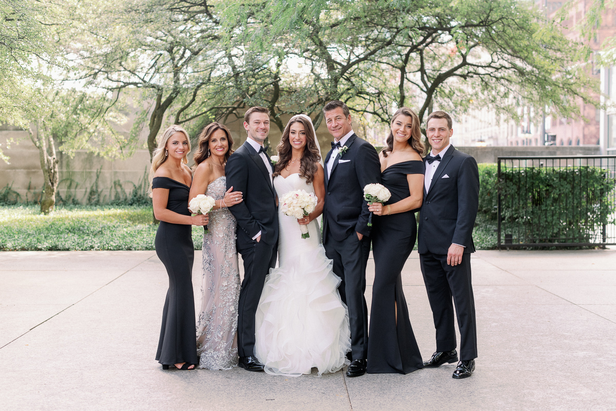 Complete Family Photo List for Wedding Photographers - Chicago Wedding Photographer