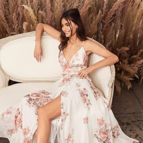 25 dresses that are perfect for engagement photos