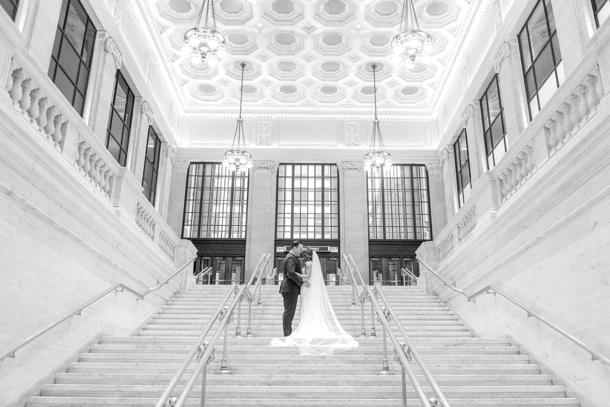 Where to take wedding photos in Chicago rain