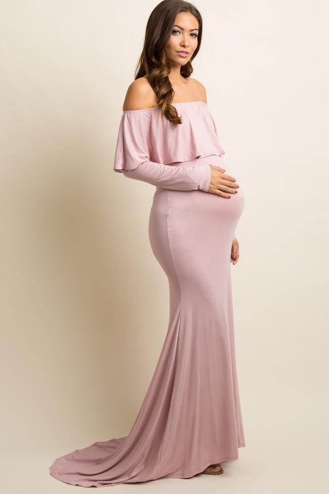 long neutral maternity dress – what to wear for maternity photos