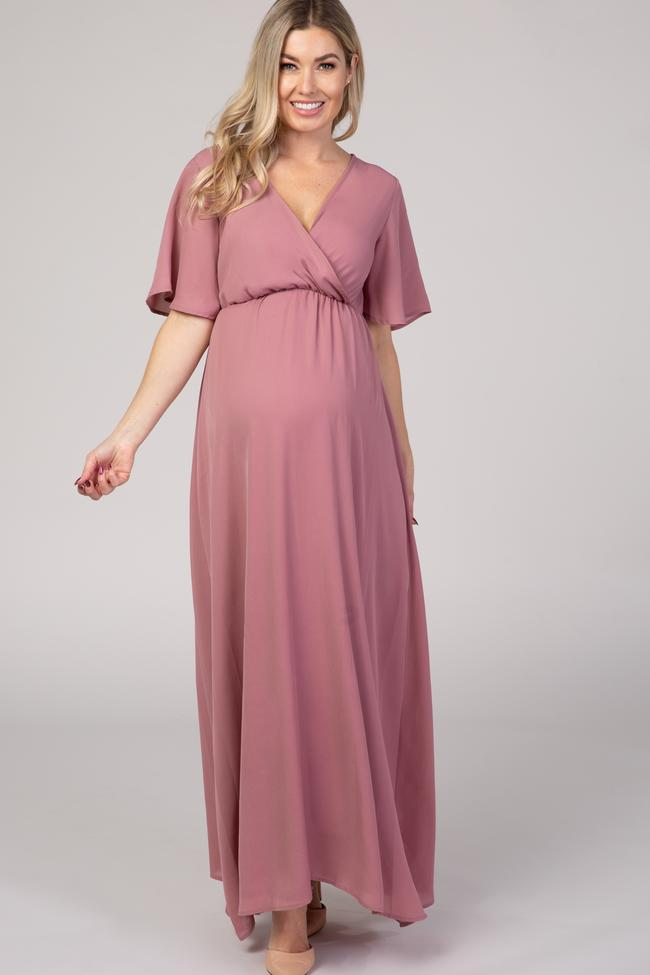 long blush pink maternity dress – what to wear for maternity photos