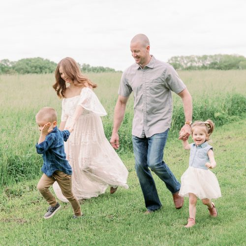 Chicago Lifestyle Family Photos at St. James Farm