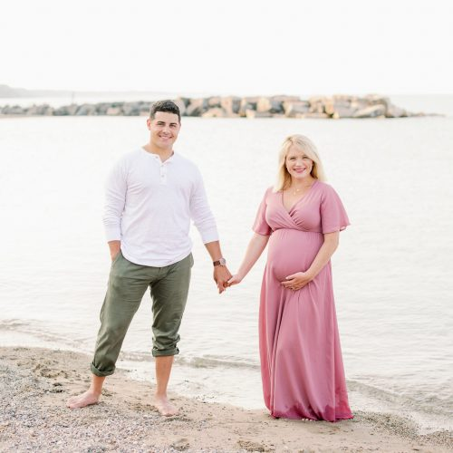 What to Wear for a Maternity Photo Shoot - 20 Dresses to Order Now