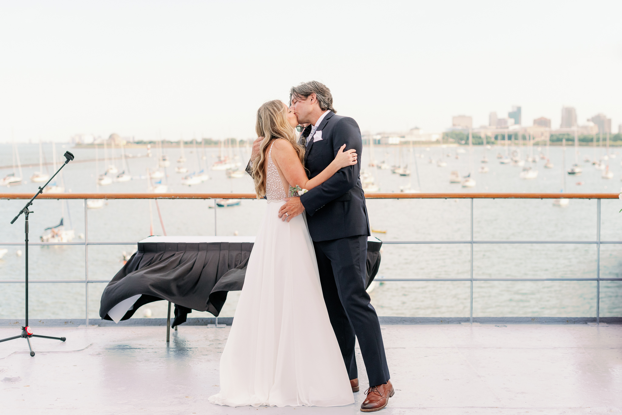 Intimate Chicago Wedding Elopement at Chicago Yacht Club-15