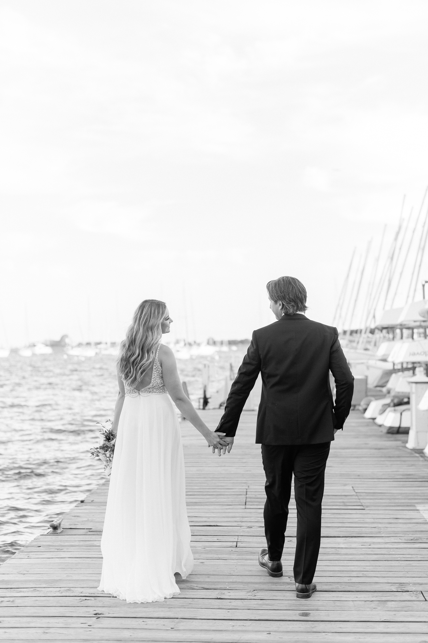 Intimate Chicago Wedding Elopement at Chicago Yacht Club-45