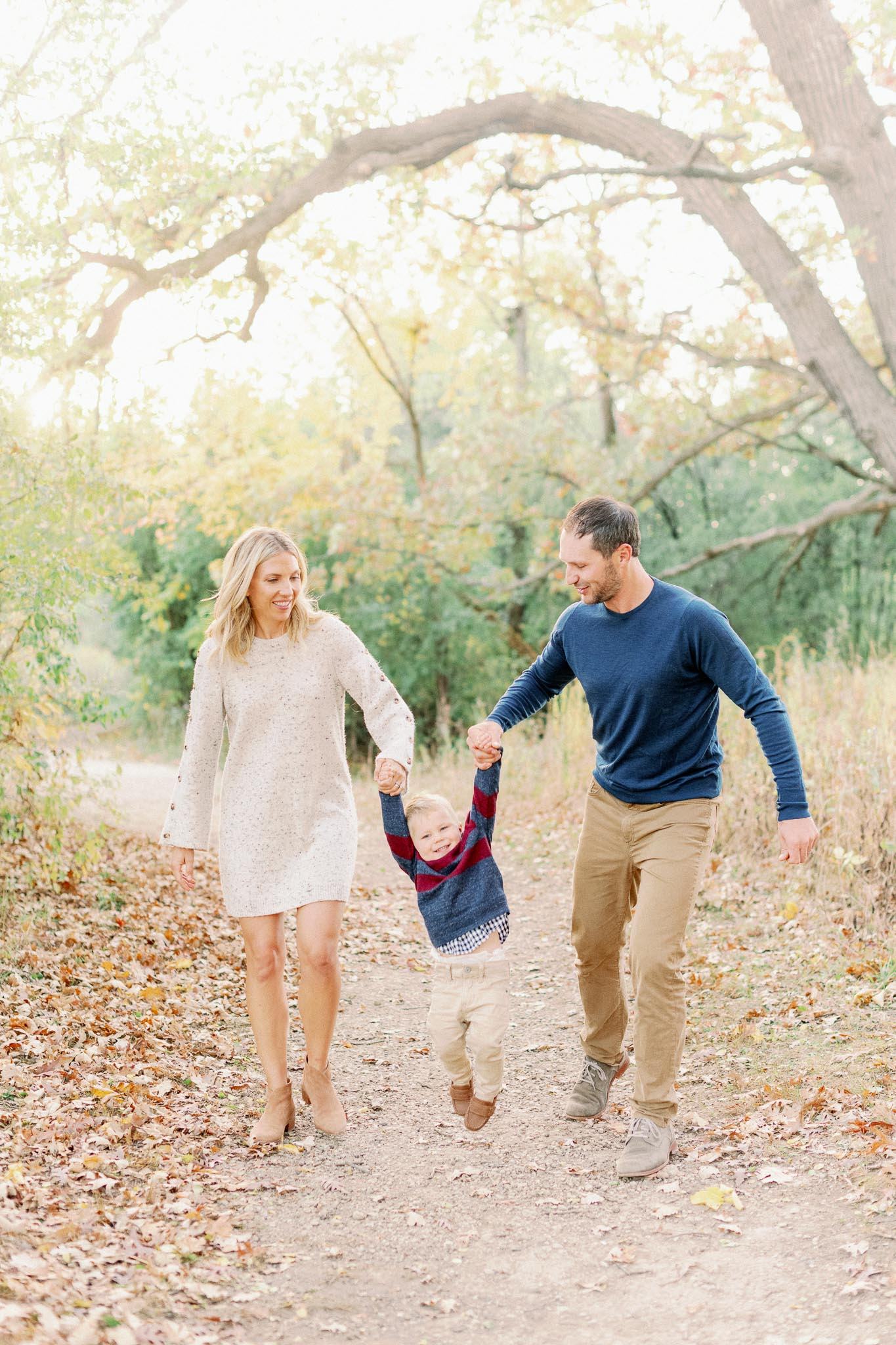 Hinsdale Lifestyle Family Photographer – Fine Art Chicago Family Photographer – Mayslake Forest Preserve-23